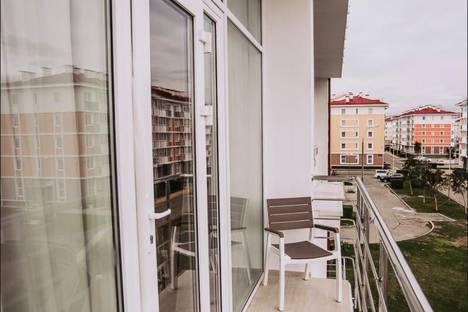 Сдается 2-комнатная квартира посуточно в Адлере, Нижнеимеретинская Бухта, бульвар Надежд, 8.