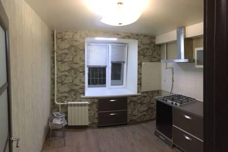 Сдается 2-комнатная квартира посуточно в Ульяновске, улица Минаева, 42.