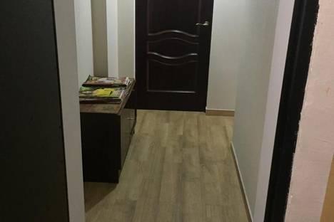 Сдается 2-комнатная квартира посуточно в Новом Афоне, ул. Лакоба, 30.