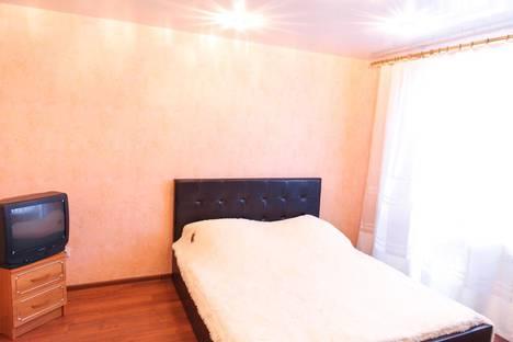 Сдается 2-комнатная квартира посуточно в Каменск-Уральском, улица Уральская, 51.