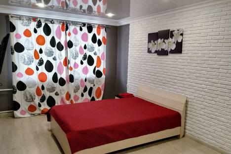 Сдается 1-комнатная квартира посуточно в Магнитогорске, проспект Карла Маркса, 138.