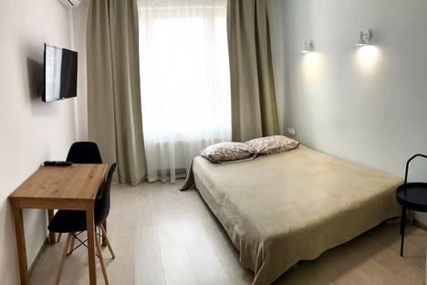 Сдается 1-комнатная квартира посуточно в Kommunarka, улица Бачуринская, 13.