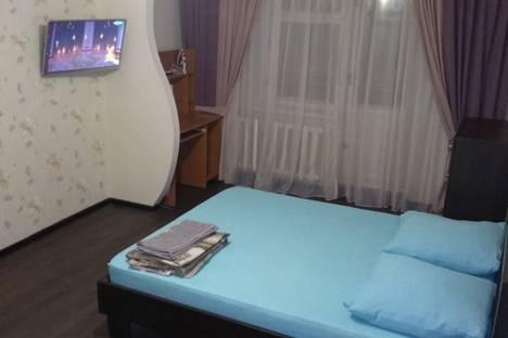 Сдается 1-комнатная квартира посуточно в Нижнекамске, улица Сююмбике, 72.
