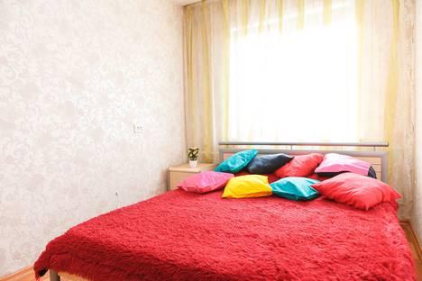 Сдается 2-комнатная квартира посуточно в Каменск-Уральском, Челябинская улица, 17.