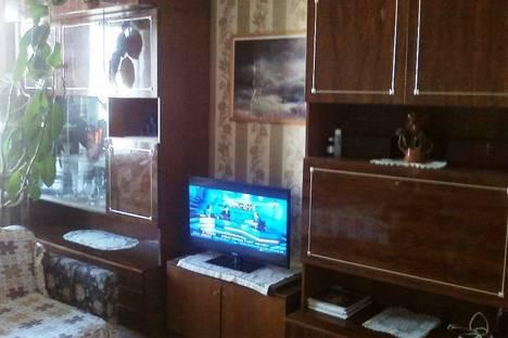 Сдается 1-комнатная квартира посуточнов Пушкине, Свердловская набережная, дом 60.