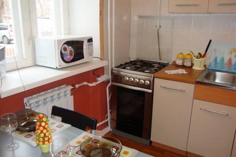 Сдается 1-комнатная квартира посуточнов Выксе, Льва Толстого 94.