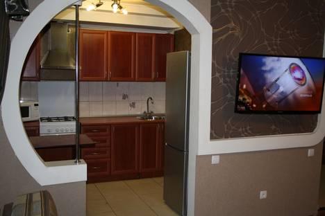 Сдается 1-комнатная квартира посуточно в Саратове, ул. Шехурдина, 34.