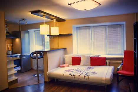 Сдается 1-комнатная квартира посуточно в Нижнем Новгороде, ковалихинская 60.