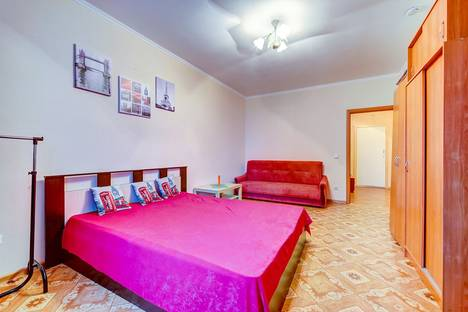 Сдается 1-комнатная квартира посуточно в Санкт-Петербурге, ул.Белы-Куна д1 корпус 3.