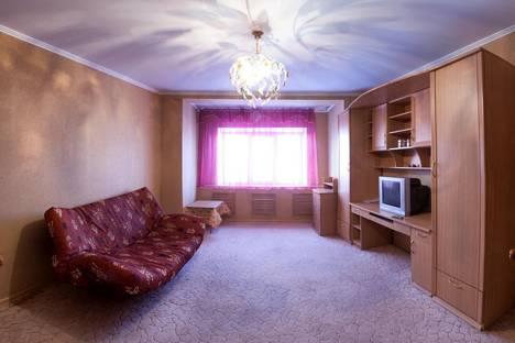Сдается 1-комнатная квартира посуточно в Ноябрьске, Мира 89б.