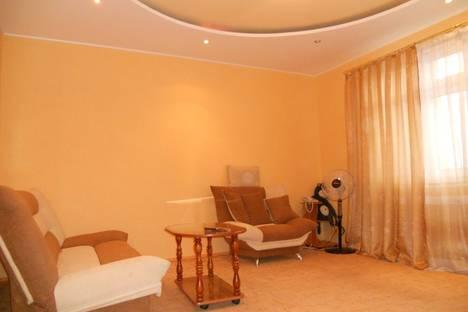 Сдается 1-комнатная квартира посуточно в Ханты-Мансийске, Энгельса 3в.