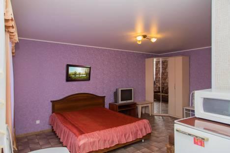 Сдается 1-комнатная квартира посуточно в Тюмени, Мельникайте 101.