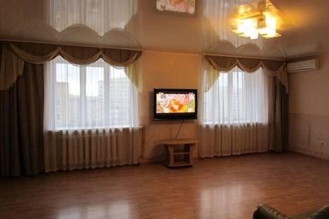 Сдается 3-комнатная квартира посуточнов Уфе, Обская 5/1.