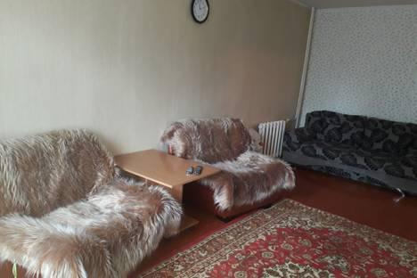 Сдается 2-комнатная квартира посуточно в Усть-Илимске, Иркутская область, Усть-Илимск.
