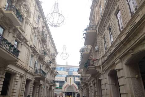 Сдается комната посуточно в Баку, Azərbaycan, Bakı, Rasul Rza küçəsi.