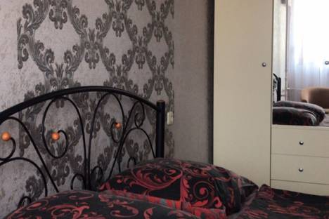 Сдается 3-комнатная квартира посуточно в Симферополе, Республика Крым,Севастопольская улица30/4.