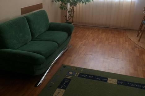 Сдается 2-комнатная квартира посуточно в Симферополе, Республика Крым,Севастопольская улица30/4.