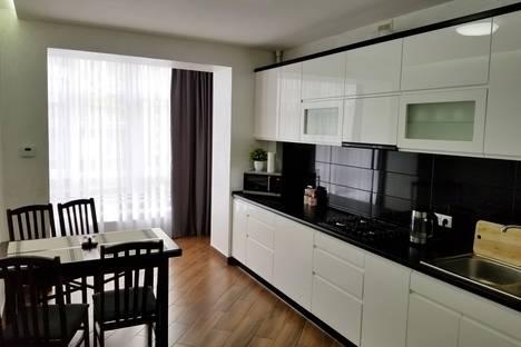 Сдается 1-комнатная квартира посуточно в Ивано-Франковске, ул. Бельведерская 35.