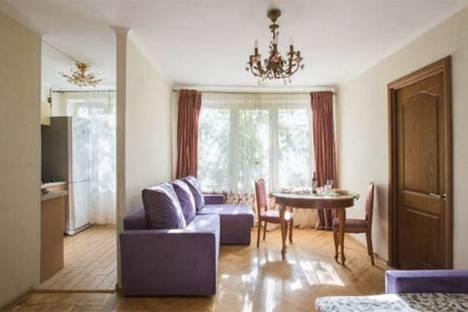 Сдается 2-комнатная квартира посуточно в Москве, улица Коштоянца, 3, подъезд 3.