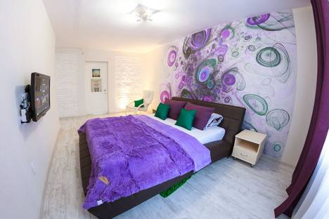 Сдается 2-комнатная квартира посуточно в Перми, улица Тургенева, 29, подъезд 1.