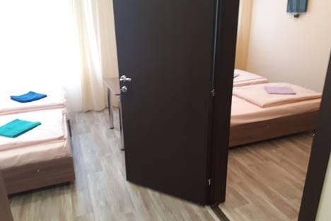 Сдается 2-комнатная квартира посуточно в Златоусте, 3-й микрорайон проспекта имени Ю.А. Гагарина, 34А.