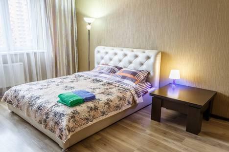 Сдается 1-комнатная квартира посуточно, Фестивальный микрорайон, Гаражная улица, 71.