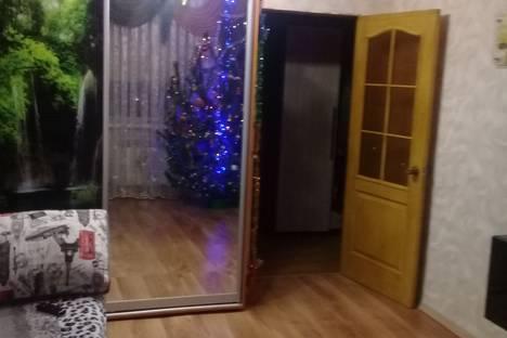 Сдается 2-комнатная квартира посуточно, Республика Крым,улица Кирова, 81.