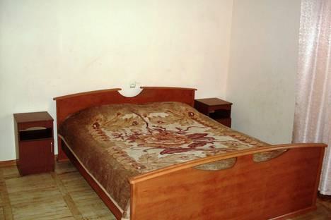 Сдается 2-комнатная квартира посуточно, Крымская улица, 183.
