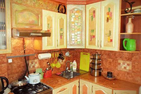 Сдается 3-комнатная квартира посуточно в Бресте, улица Карбышева, 76/1, подъезд 1.