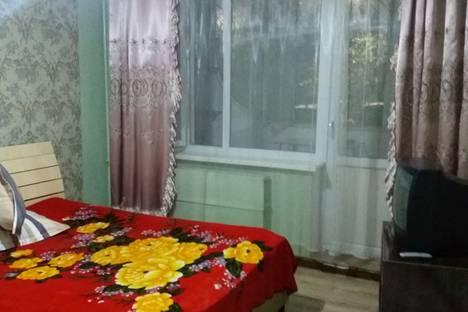 Сдается 1-комнатная квартира посуточно, улица Тулебаева, 32.
