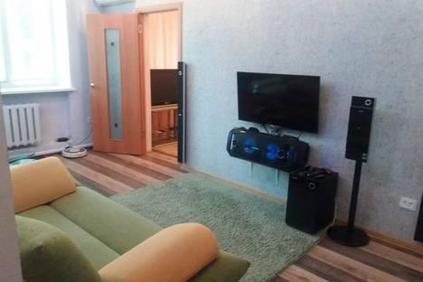 Сдается 2-комнатная квартира посуточно, улица Пирогова, 14.