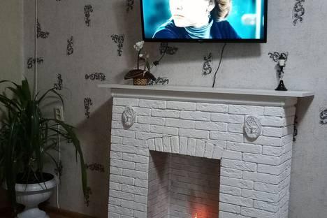 Сдается 2-комнатная квартира посуточно в Волжском, Волгоградская область,проспект имени Ленина, 81.