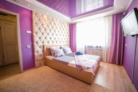 Сдается 1-комнатная квартира посуточно, улица Льва Толстого, 77.