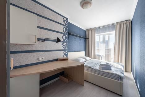 Сдается 2-комнатная квартира посуточно в Екатеринбурге, Свердловская область,улица Крылова, 27.
