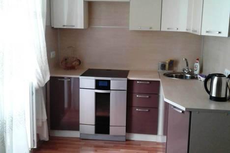 Сдается 1-комнатная квартира посуточно, улица Дзержинского, 10.