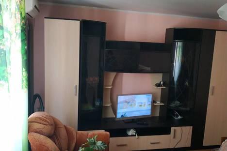 Сдается 2-комнатная квартира посуточно в Коктебеле, Долинный переулок, 11.