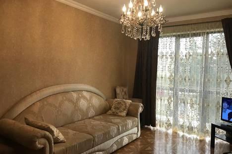 Сдается 1-комнатная квартира посуточно в Гагре, улица Абазгаа, 52.