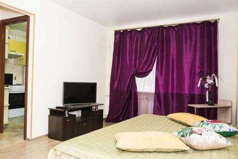 Сдается 1-комнатная квартира посуточно в Омске, проспект Карла Маркса 89.
