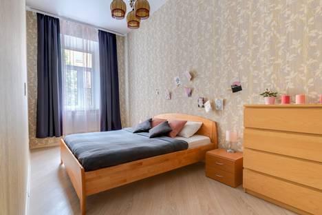 Сдается 2-комнатная квартира посуточно в Санкт-Петербурге, Литейный проспект, 11.