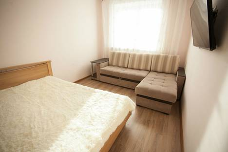 Сдается 1-комнатная квартира посуточно в Тюмени, улица Пермякова, 82.