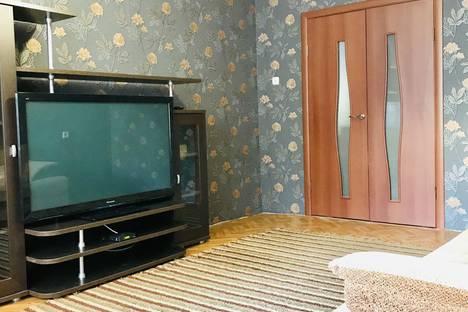 Сдается 3-комнатная квартира посуточно, Таганрогская улица, 124/6.