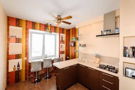 Сдается 3-комнатная квартира посуточно, улица Чехова, 4.
