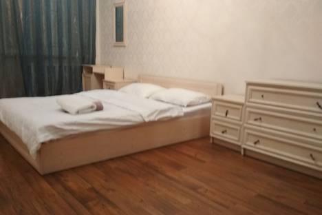 Сдается 2-комнатная квартира посуточно в Бишкеке, улица Токтогула, 77.