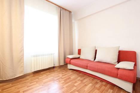 Сдается 2-комнатная квартира посуточно, улица Терешковой, 21.