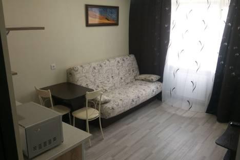 Сдается 1-комнатная квартира посуточно в Красноярске, Парашютная улица, 21.