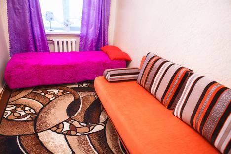 Сдается 2-комнатная квартира посуточно в Каменск-Уральском, Свердловская область,проспект Победы, 13.