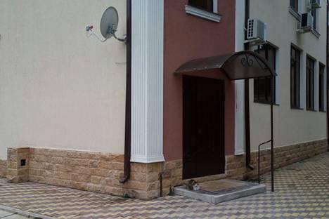 Сдается 2-комнатная квартира посуточно в Ольгинке, Краснодарский край, Туапсинский район,Заречная улица, 27Д.