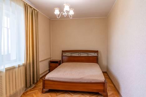 Сдается 2-комнатная квартира посуточно в Москве, улица Губкина, 9.