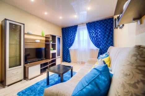 Сдается 2-комнатная квартира посуточно в Челябинске, улица Воровского, 7.