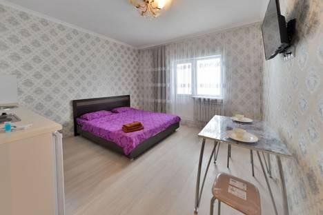 Сдается 1-комнатная квартира посуточно в Алматы, улица Омарова, 23.